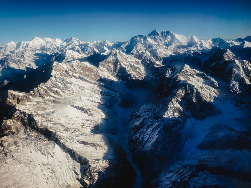 Muntii Himalaya si varful Evarest din avion, Nepal