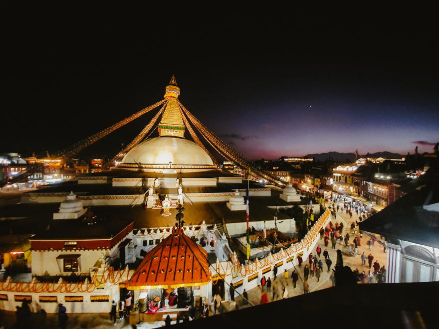 Vedere cu Budha Stupa in Nepal