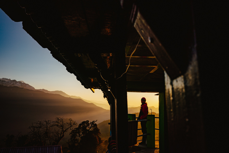 Rasarit de soare la Ghorepani in Nepal