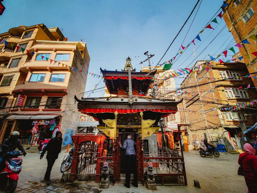 Templu pe strazile din Thamel, Kathmandu, Nepal