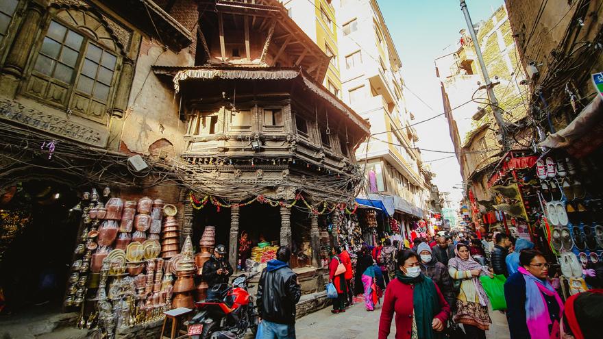 Strada aglomerata in Asan, Nepal