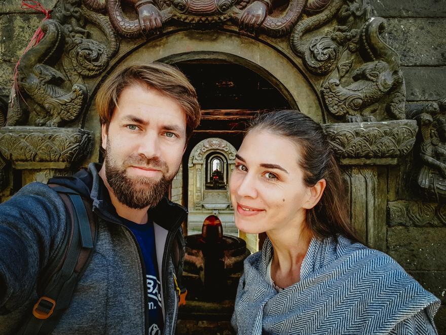 Poza cu noi la Templul Pashupatinath